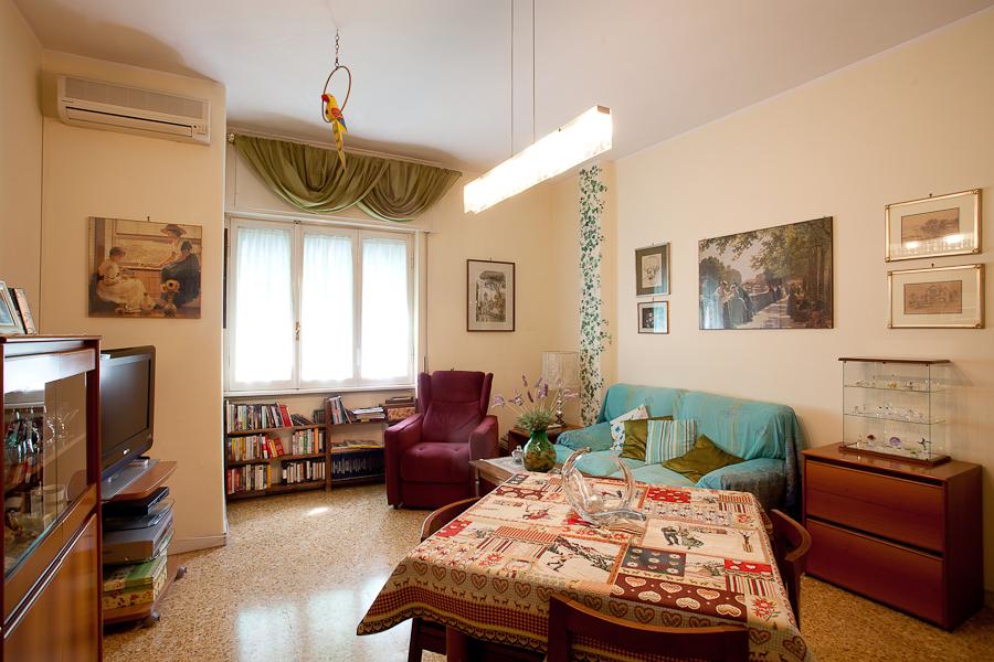 Appartamento in Vendita a Roma via segesta
