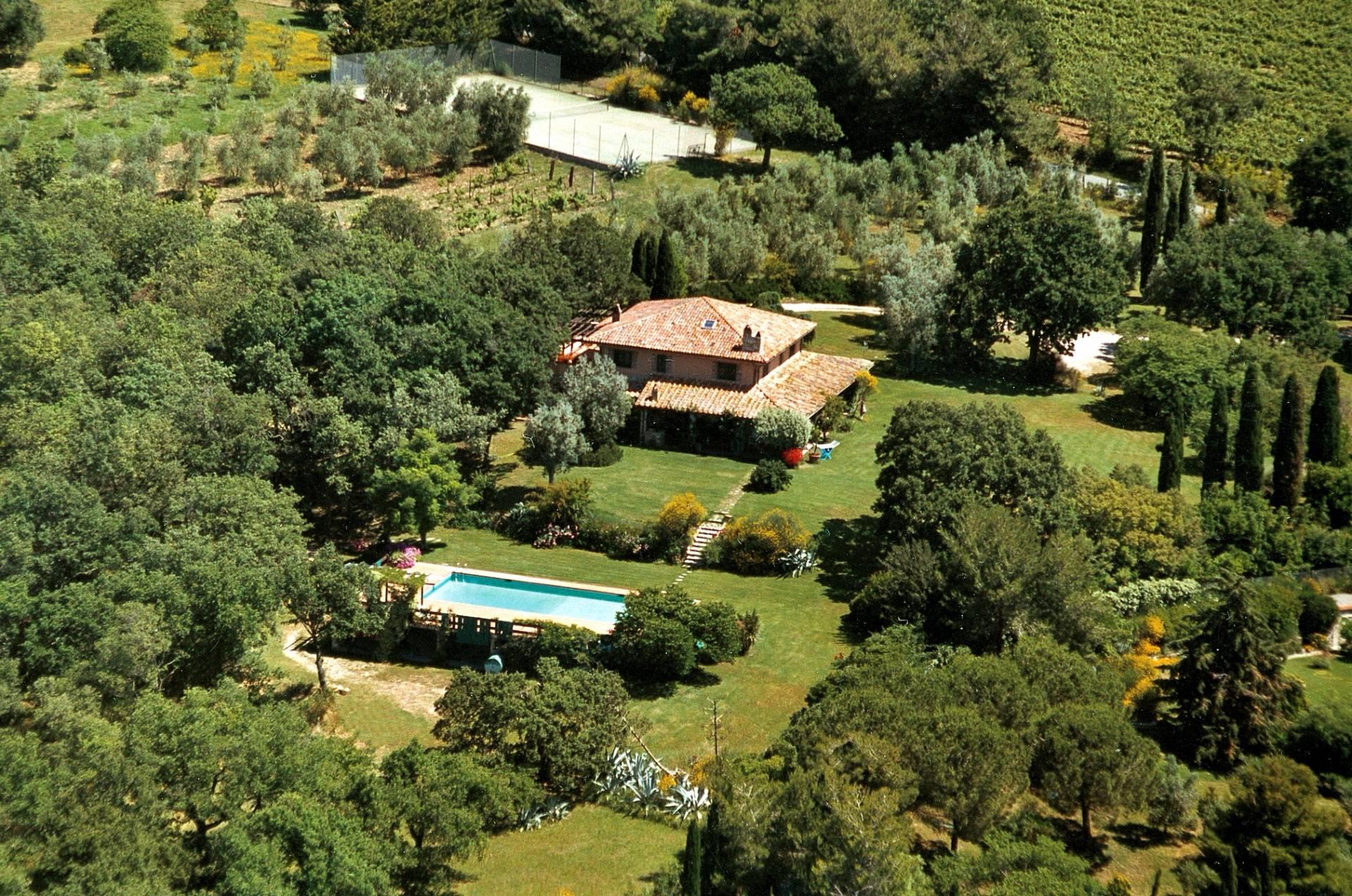 Villa in Vendita a Magliano In Toscana: 5 locali, 514 mq - Foto 1