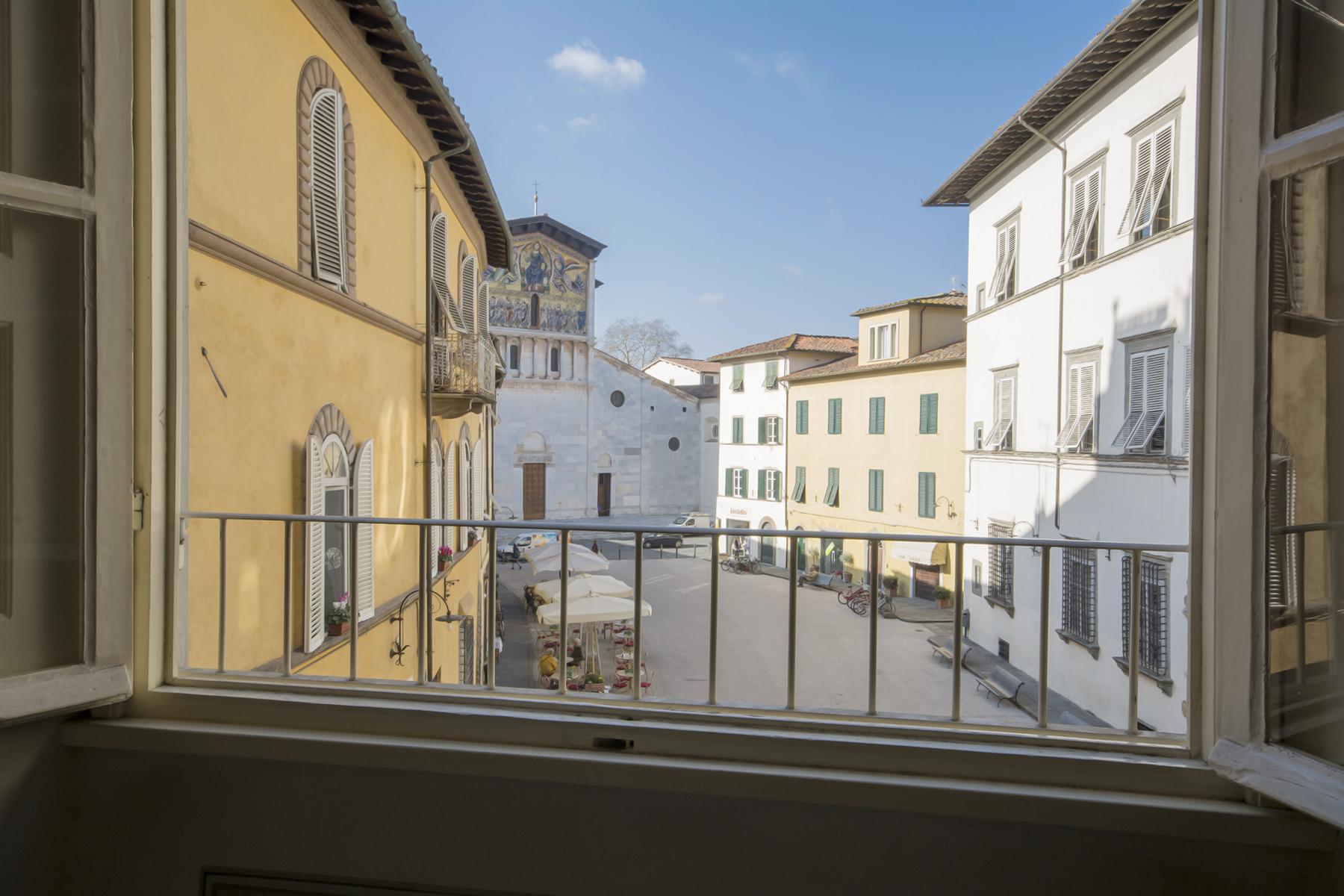 Appartamento in Affitto a Lucca Centro:  5 locali, 130 mq  - Foto 1