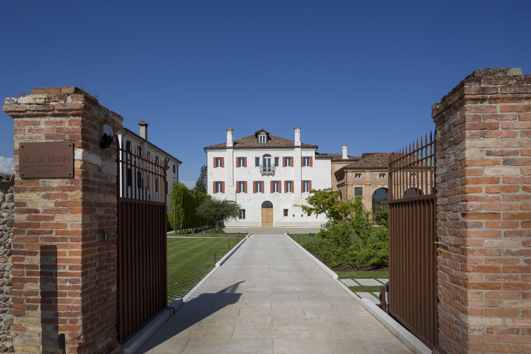 Villa in Vendita a Trevignano: 5 locali, 2341 mq - Foto 4