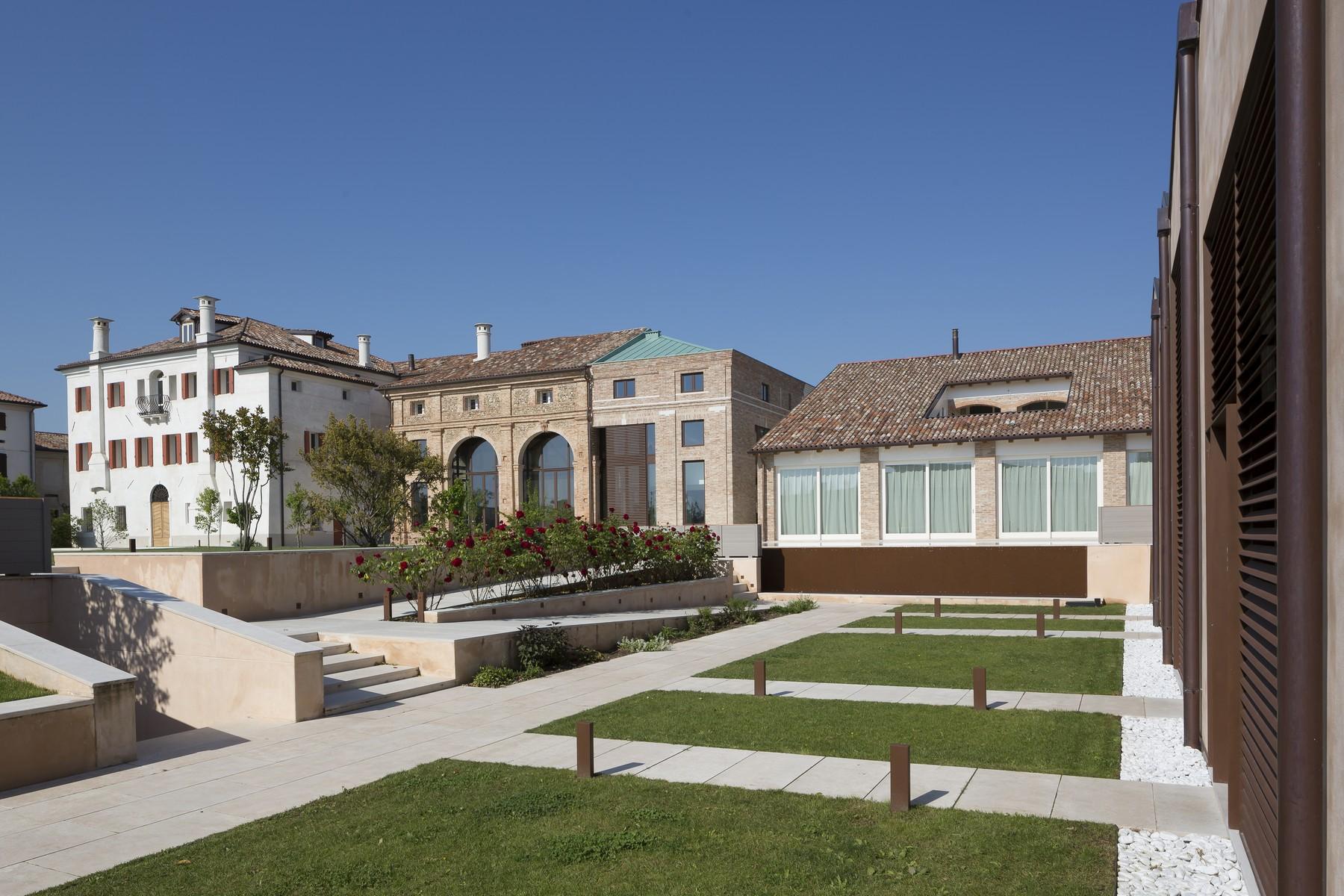 Villa in Vendita a Trevignano: 5 locali, 2341 mq - Foto 6