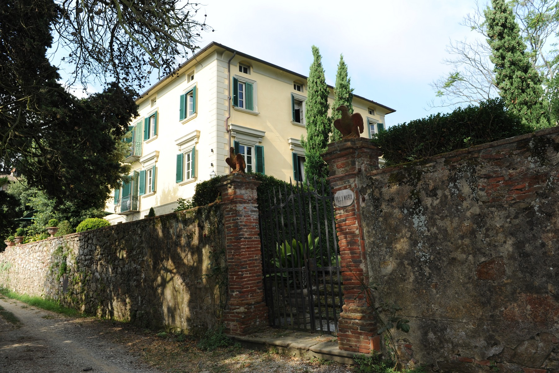Villa in Vendita a Camaiore: 5 locali, 900 mq - Foto 2