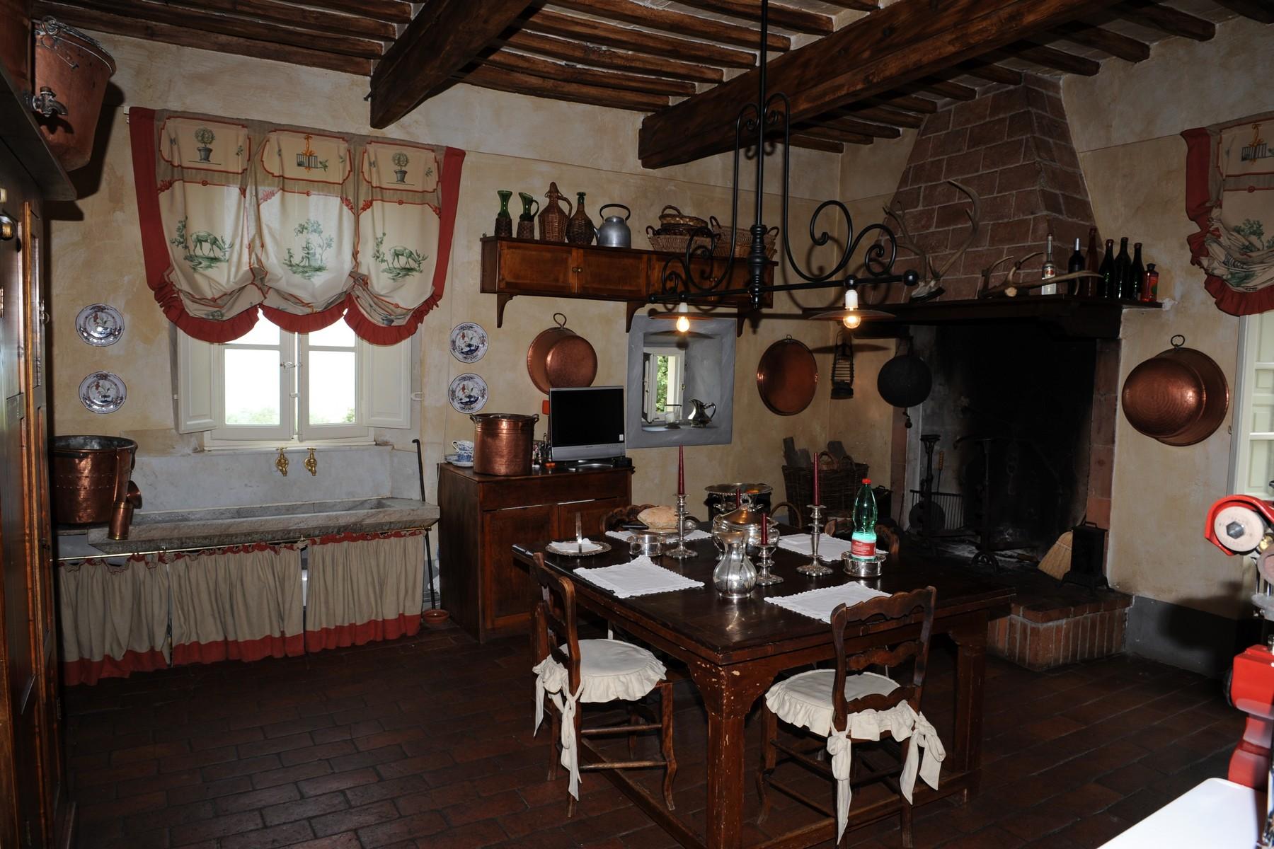 Villa in Vendita a Camaiore: 5 locali, 900 mq - Foto 9