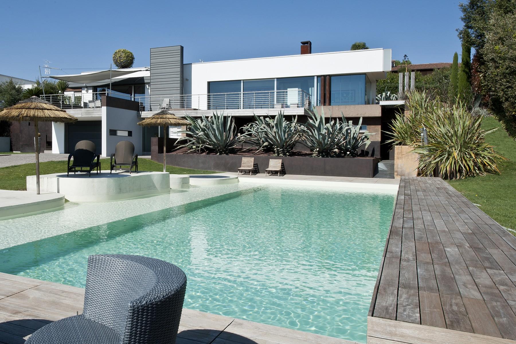 Villa in Vendita a Padenghe Sul Garda villaggio dante alighieri