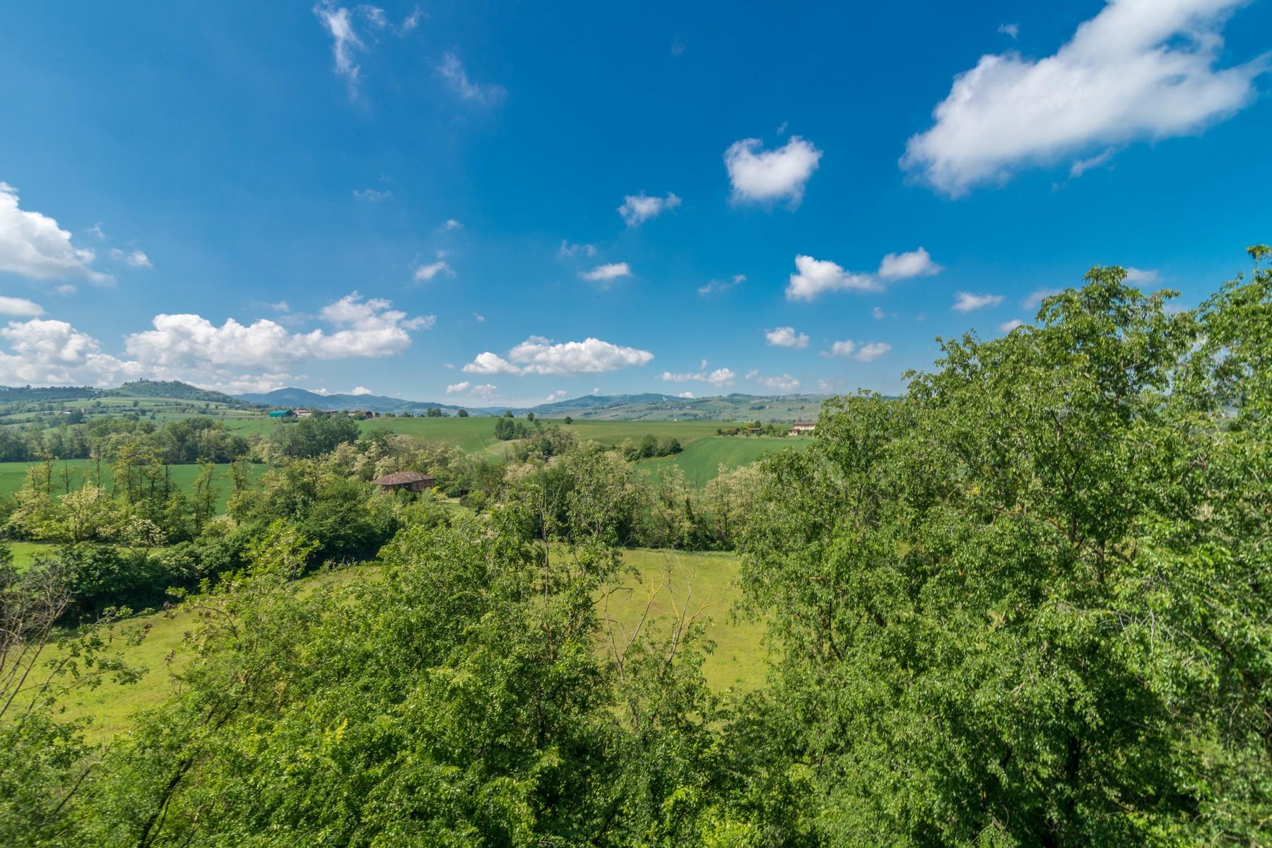 Casa indipendente in Vendita a Piacenza: 5 locali, 800 mq - Foto 2