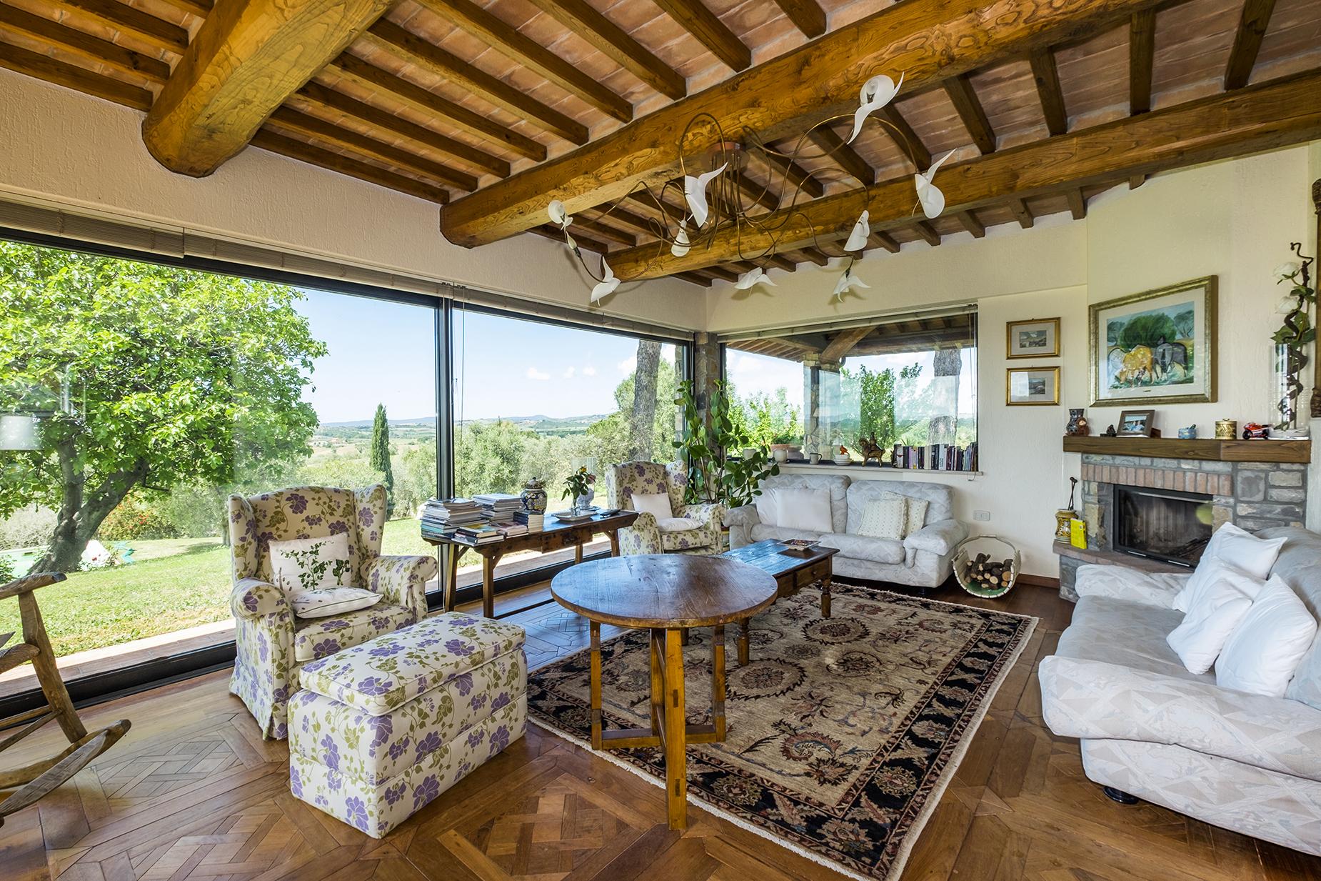 Rustico in Vendita a Magliano In Toscana: 5 locali, 320 mq