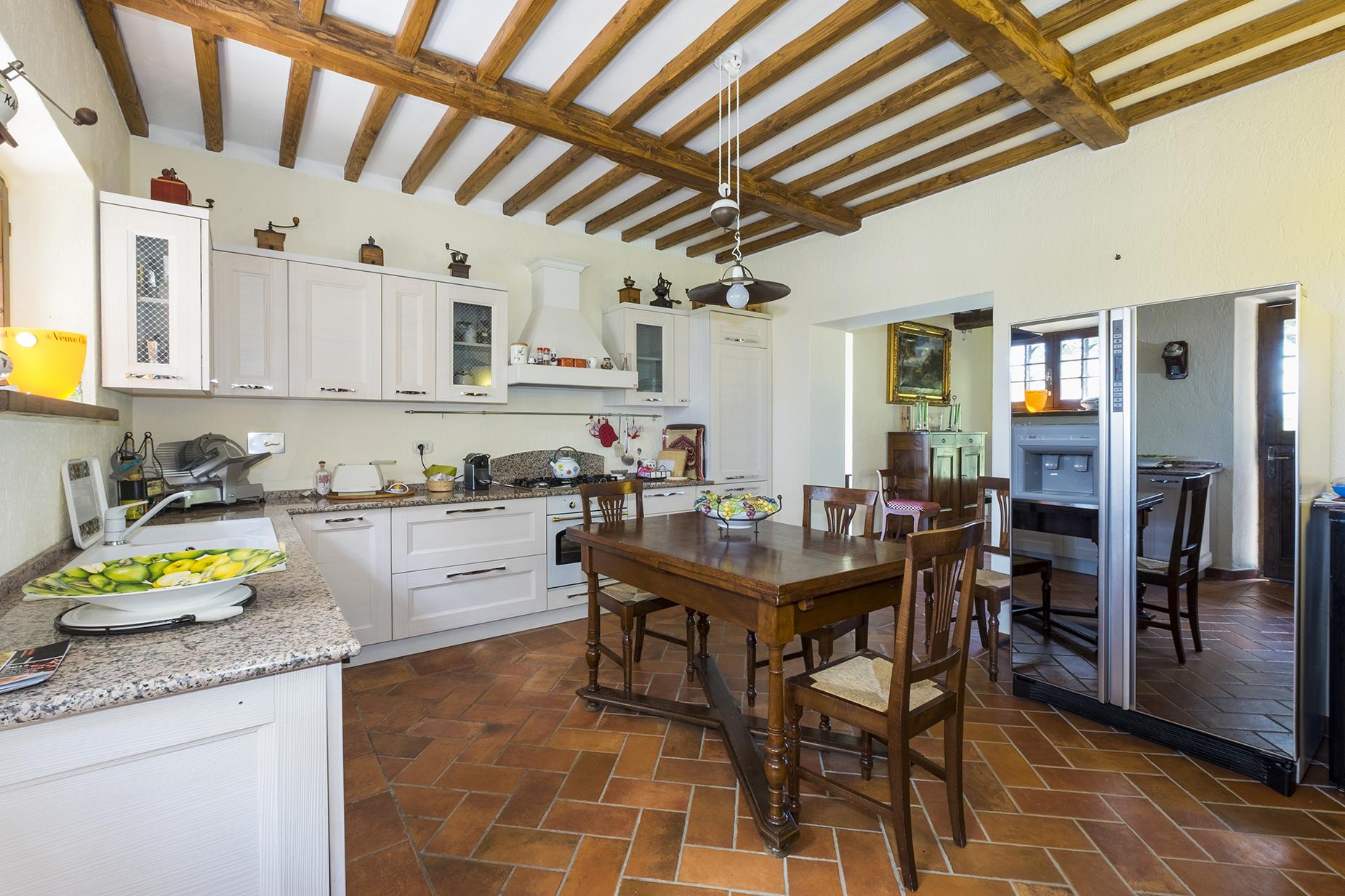 Rustico in Vendita a Magliano In Toscana: 5 locali, 320 mq - Foto 8