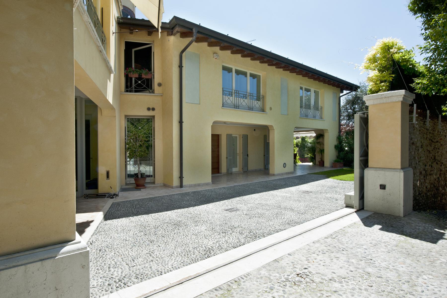 Palazzo in Vendita a Castiglione Delle Stiviere: 5 locali, 1000 mq - Foto 2