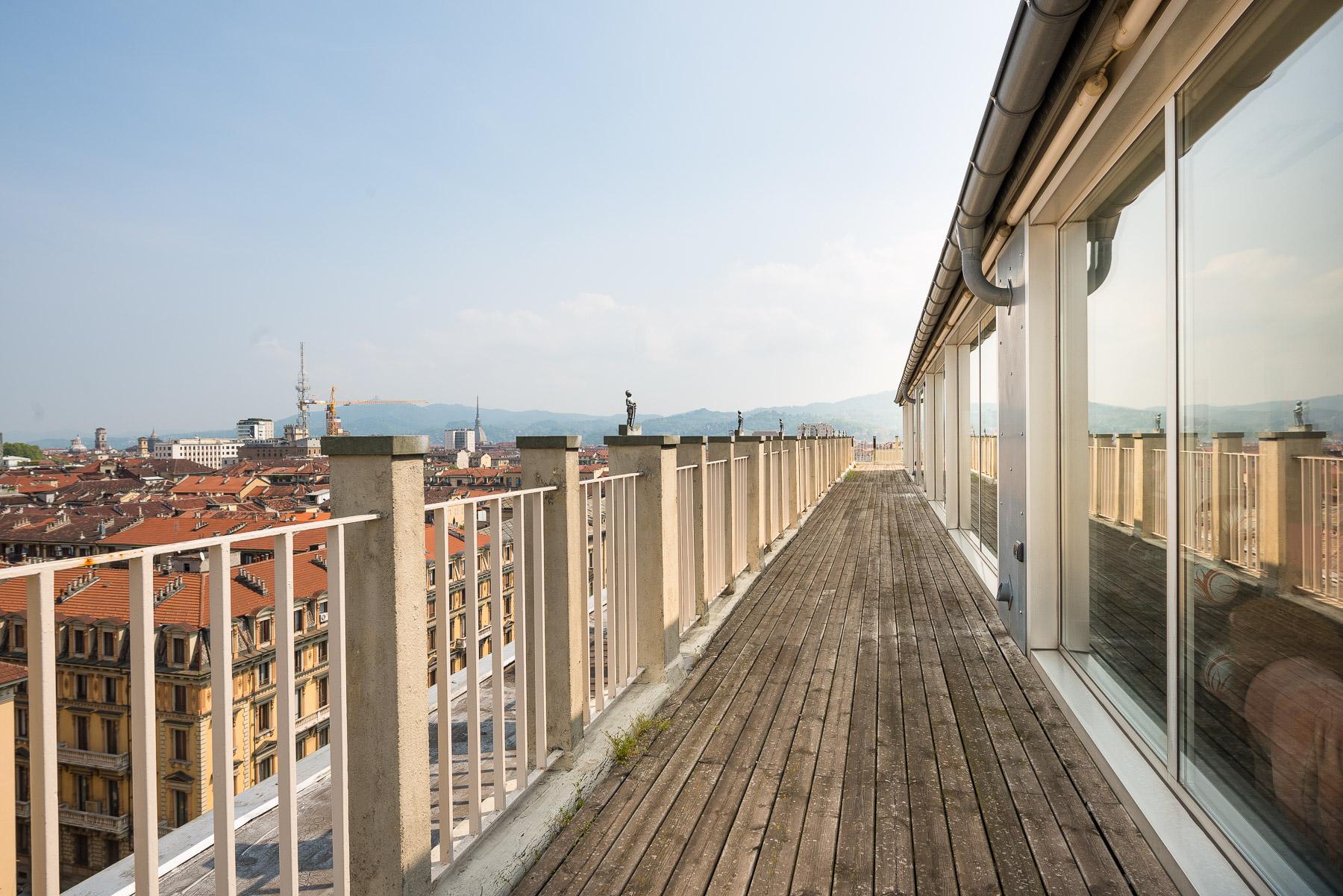 Appartamento in Vendita a Torino: 5 locali, 800 mq - Foto 4