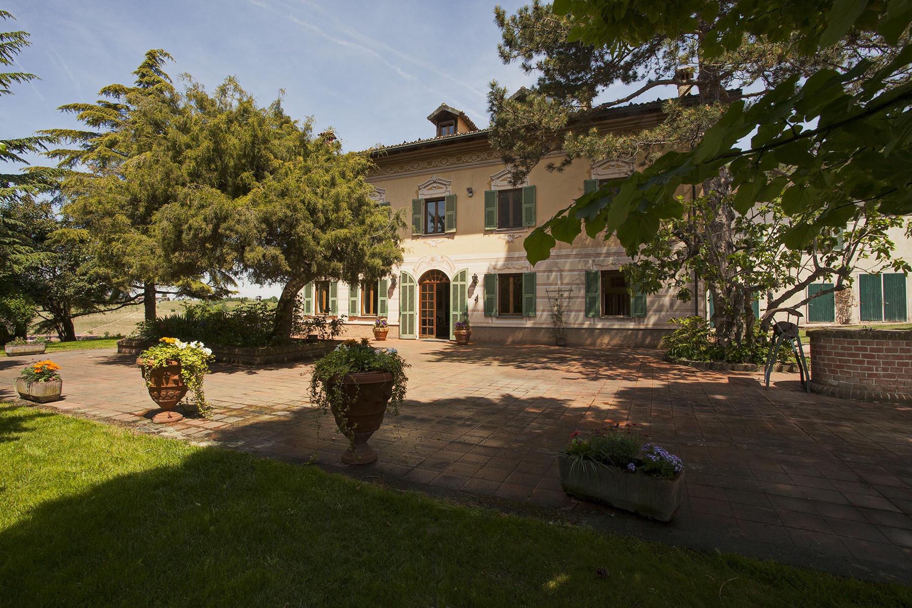 Villa in Vendita a Rocca Grimalda cascina palazzo