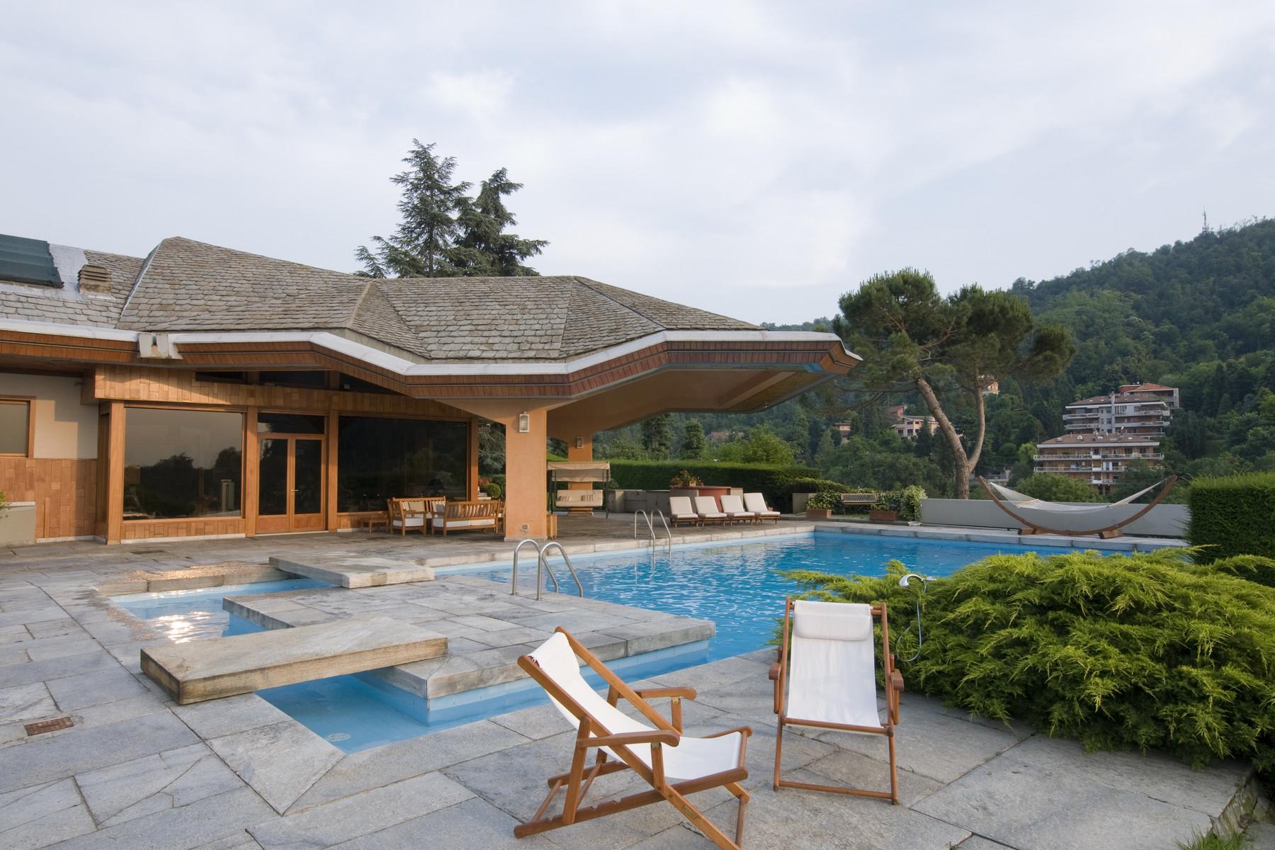 Villa in Vendita a Torino Semicentro:  5 locali, 1400 mq  - Foto 1