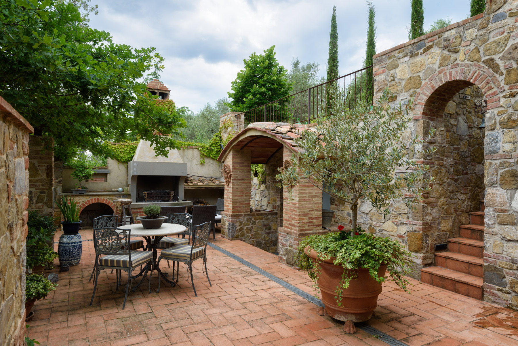 Villa in Vendita a Castelnuovo Berardenga: 5 locali, 240 mq