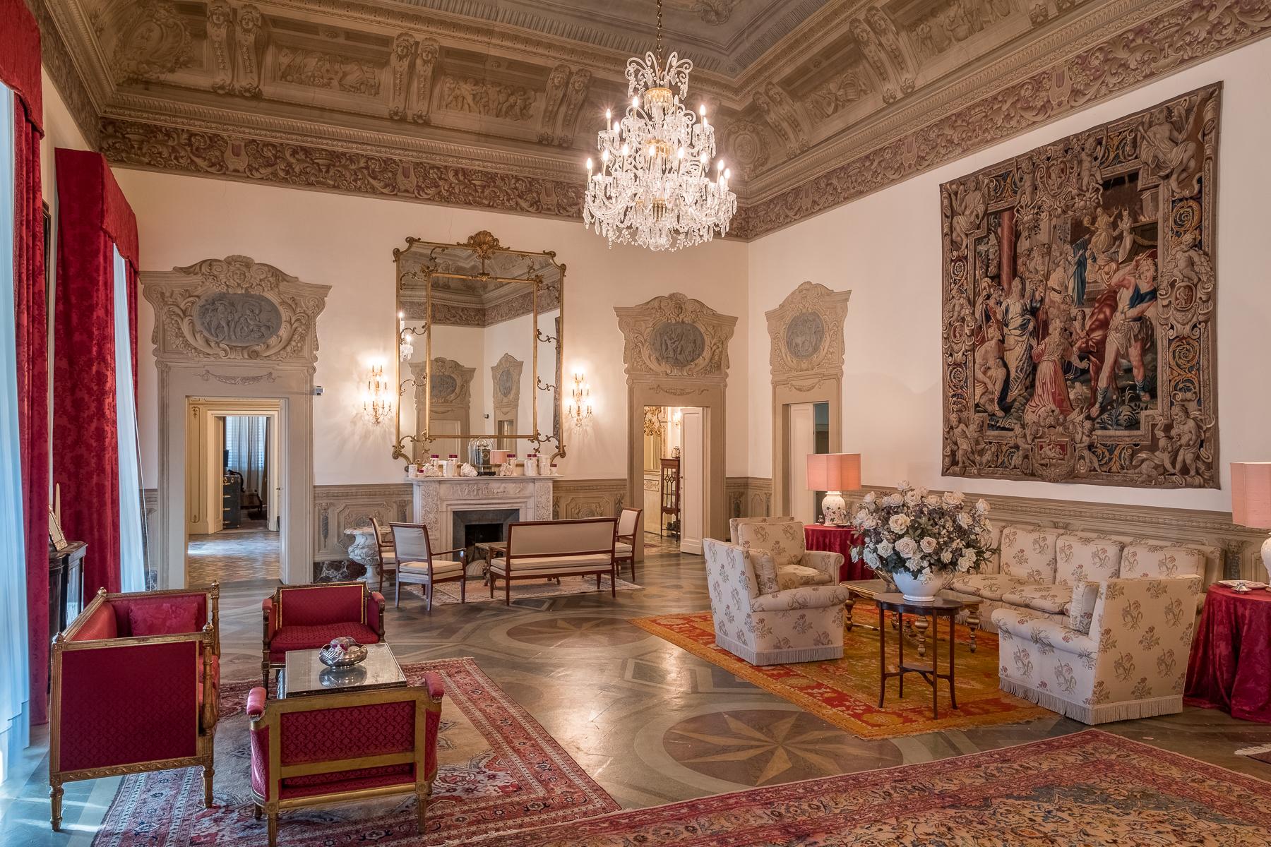 Appartamento in Vendita a Firenze Periferia Ovest: 5 locali, 500 mq