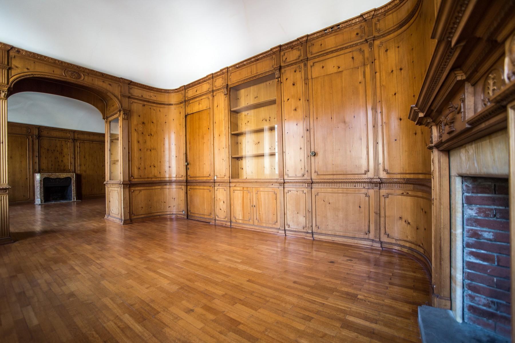 Appartamento in Affitto a Milano 01 Centro storico (Cerchia dei Navigli): 4 locali, 235 mq
