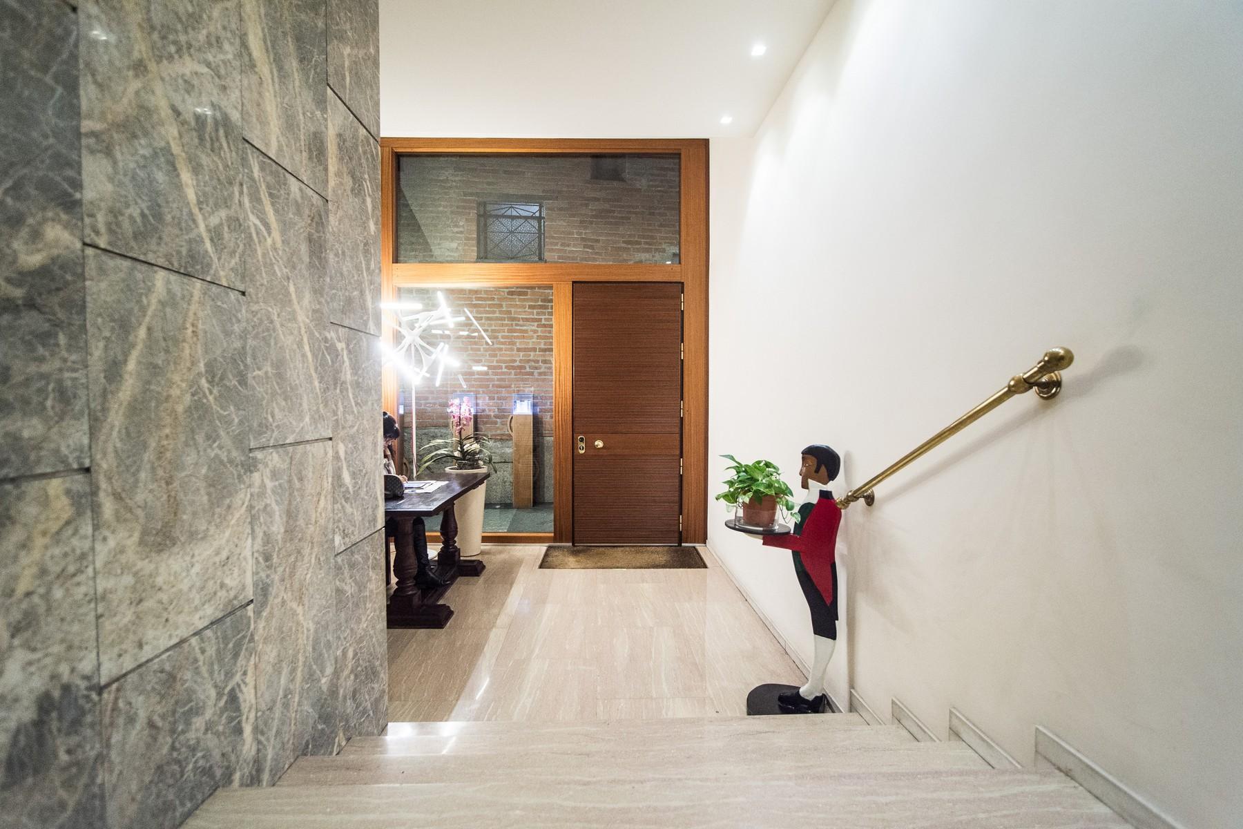 Appartamento in Affitto a Milano: 4 locali, 235 mq - Foto 1