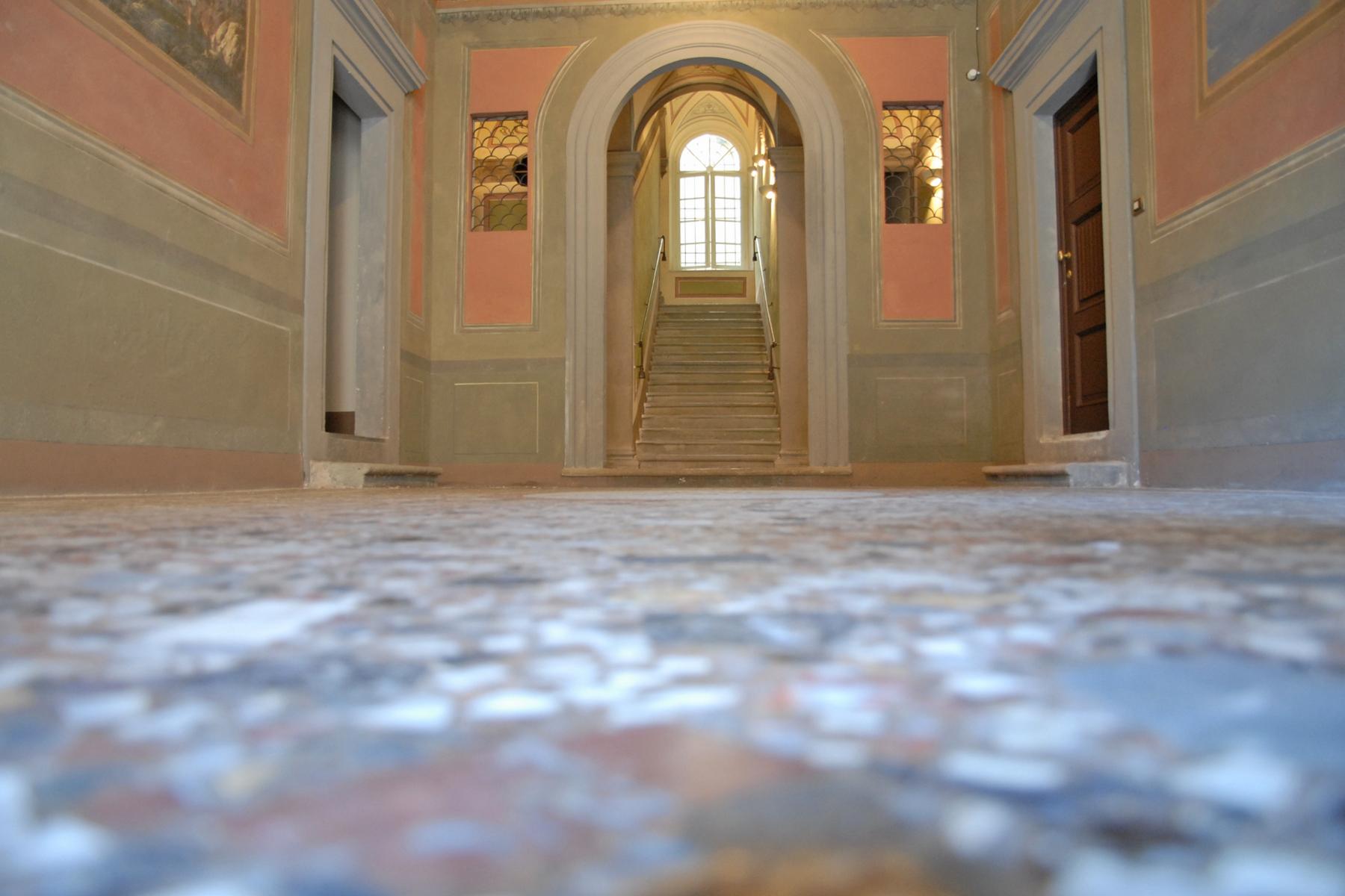 Appartamento in Vendita a Lucca: 5 locali, 400 mq - Foto 3
