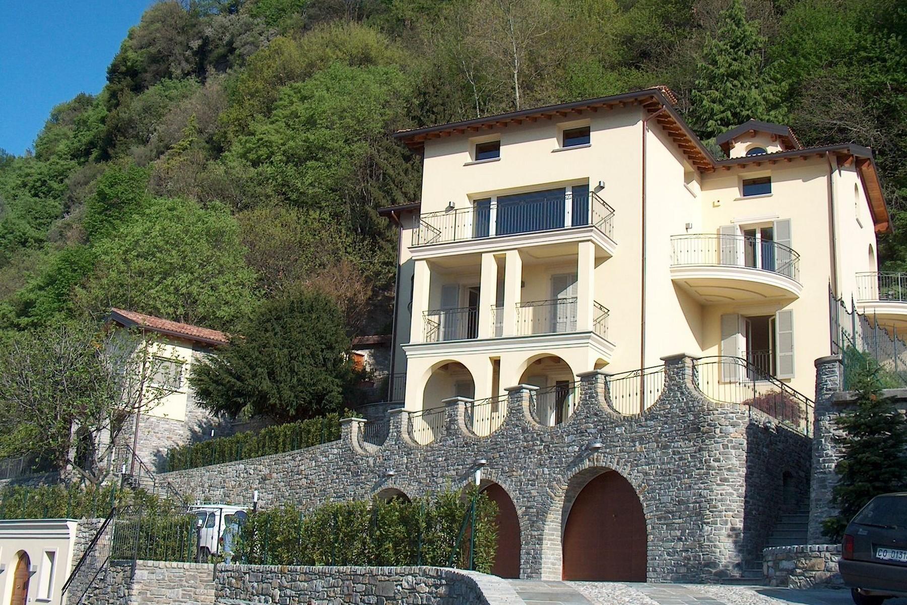 Villa in Vendita a Domaso: 5 locali, 600 mq - Foto 4
