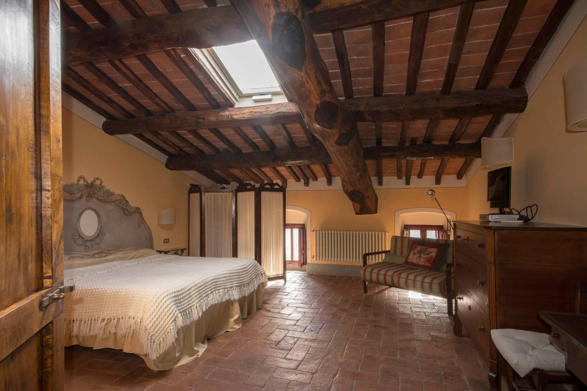 Casa indipendente in Vendita a Pistoia: 5 locali, 500 mq - Foto 9