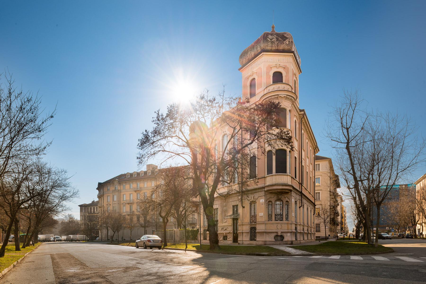 Appartamento in Vendita a Torino Centro: 5 locali, 359 mq