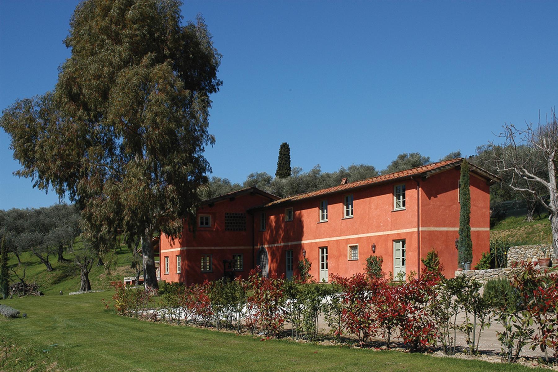 Casa indipendente in Vendita a Massarosa:  5 locali, 350 mq  - Foto 1