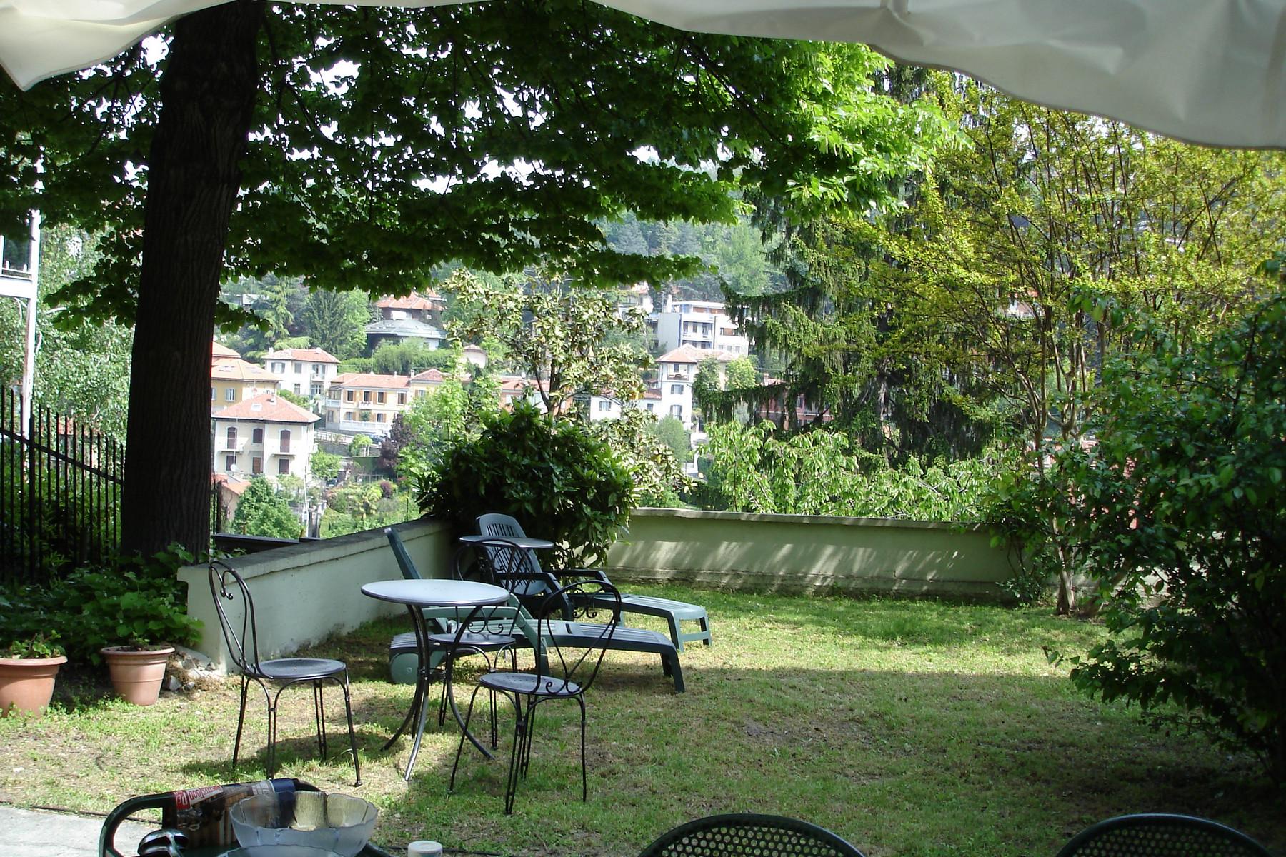 Casa indipendente di lusso in vendita a torino via viale for Case di pregio in vendita a roma
