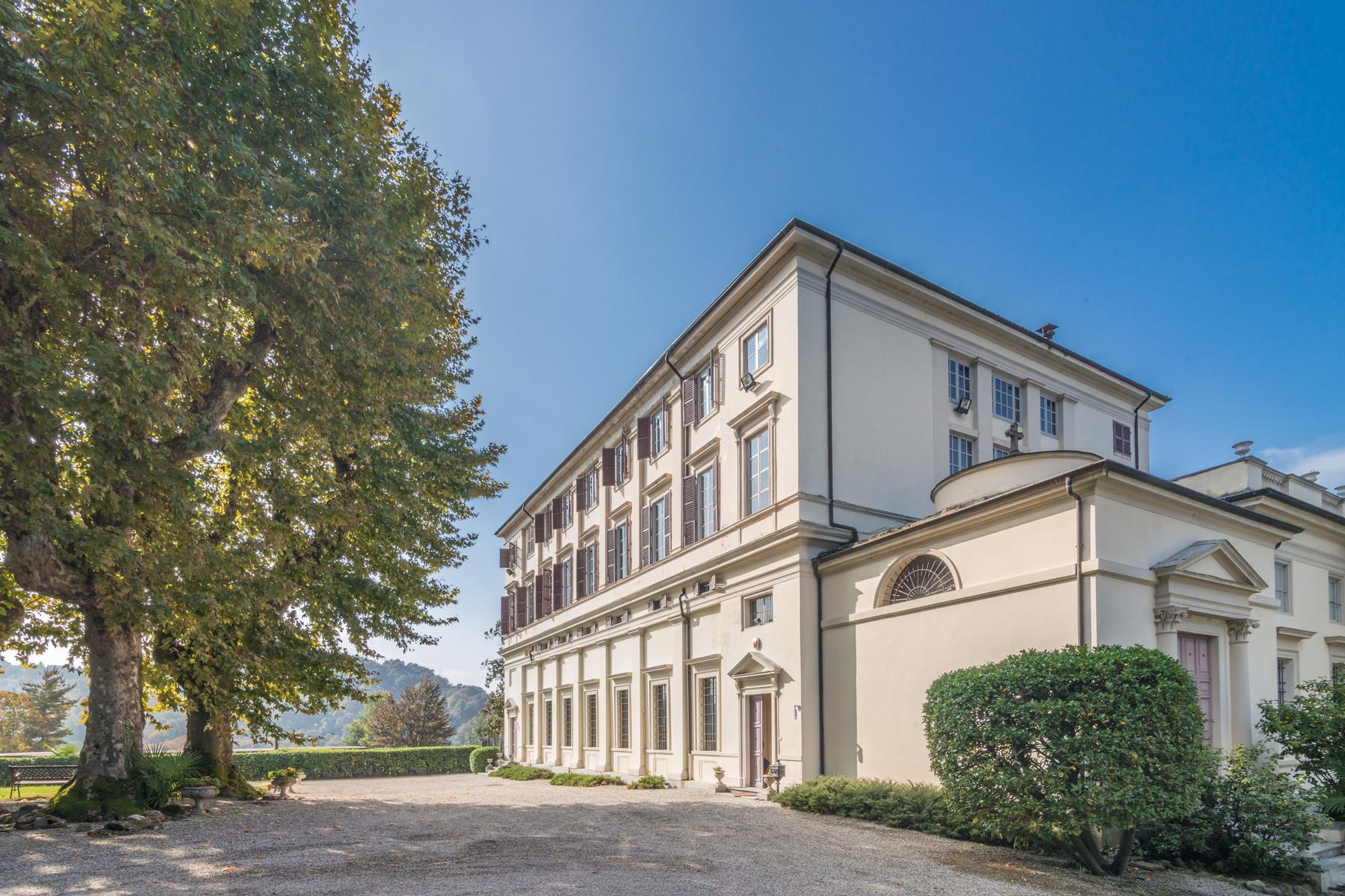 Villa in Vendita a Castagneto Po: 5 locali, 2500 mq - Foto 5