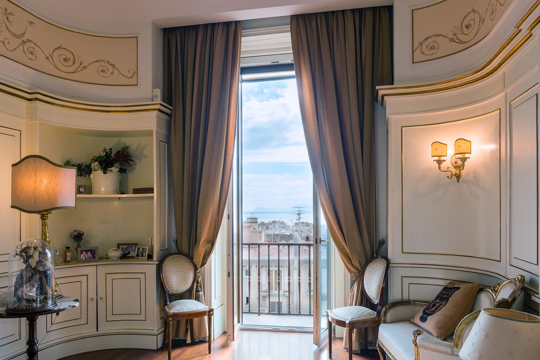 Appartamento in Vendita a Napoli via vittoria colonna