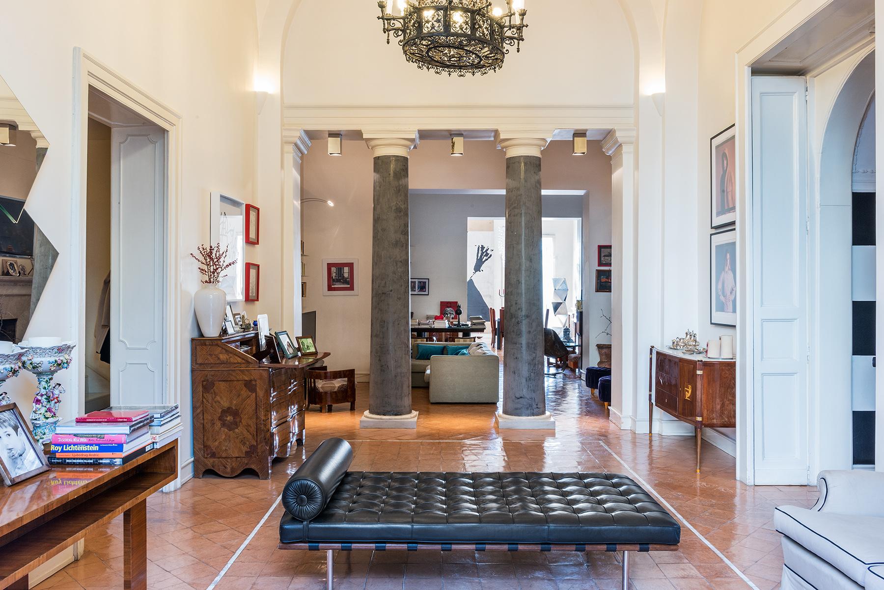 Appartamento in Vendita a Napoli: 5 locali, 300 mq - Foto 3