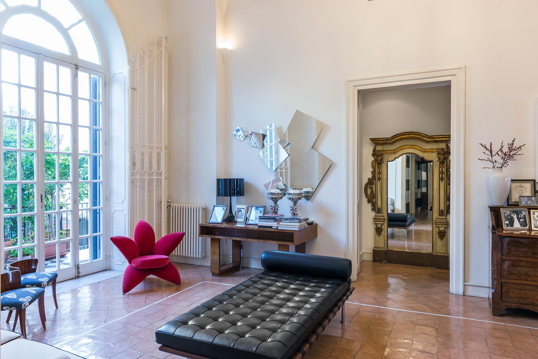 Appartamento in Vendita a Napoli: 5 locali, 300 mq - Foto 4