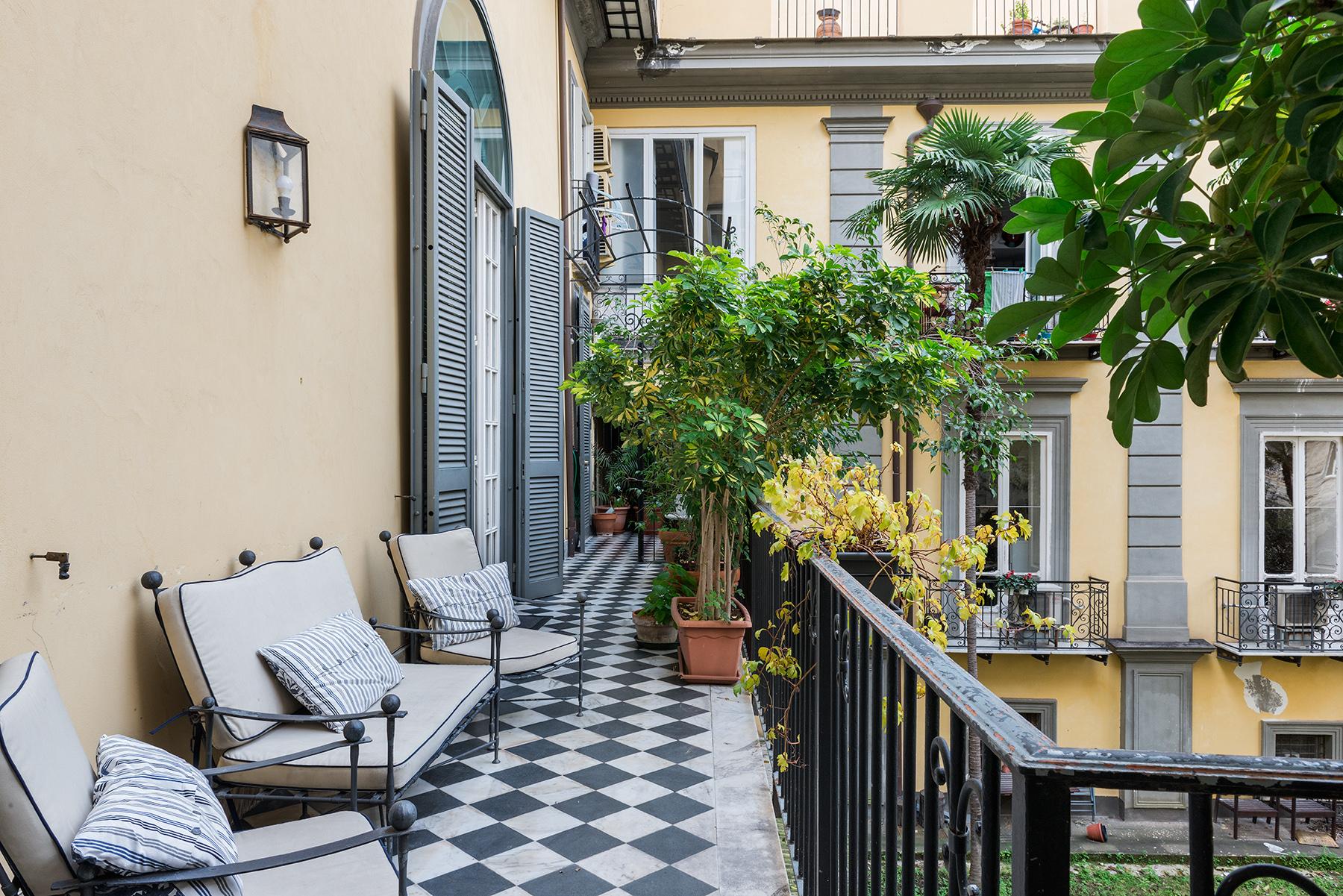 Appartamento in Vendita a Napoli: 5 locali, 300 mq - Foto 16