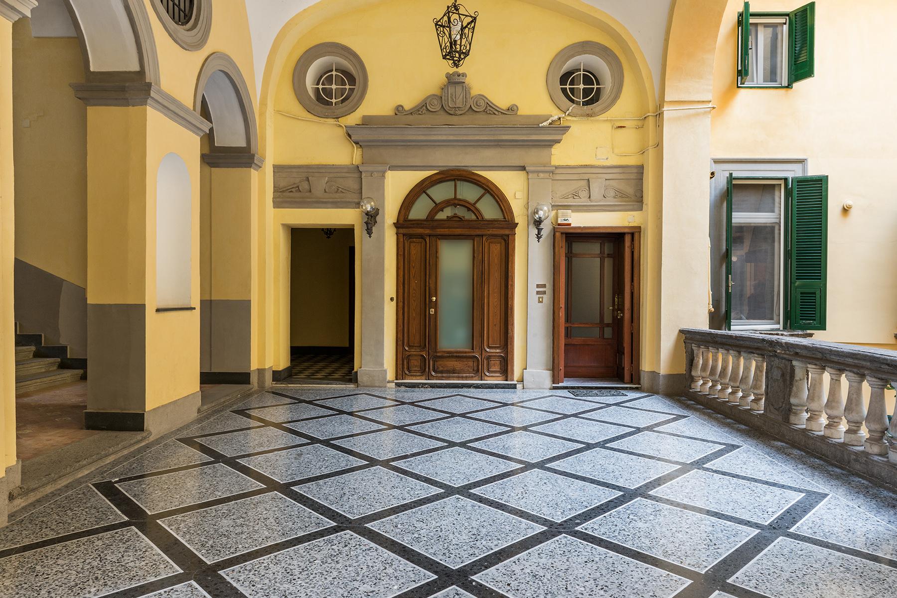 Appartamento in Vendita a Napoli: 5 locali, 300 mq - Foto 19