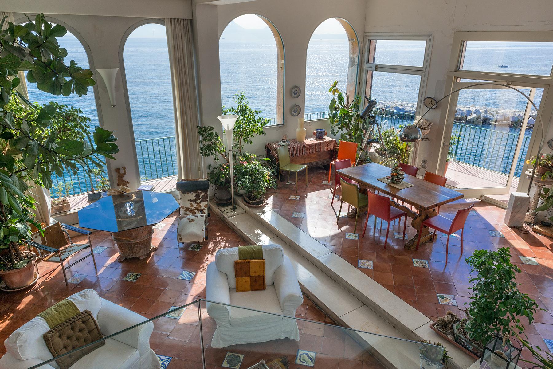 Appartamento in Vendita a Napoli via posillipo