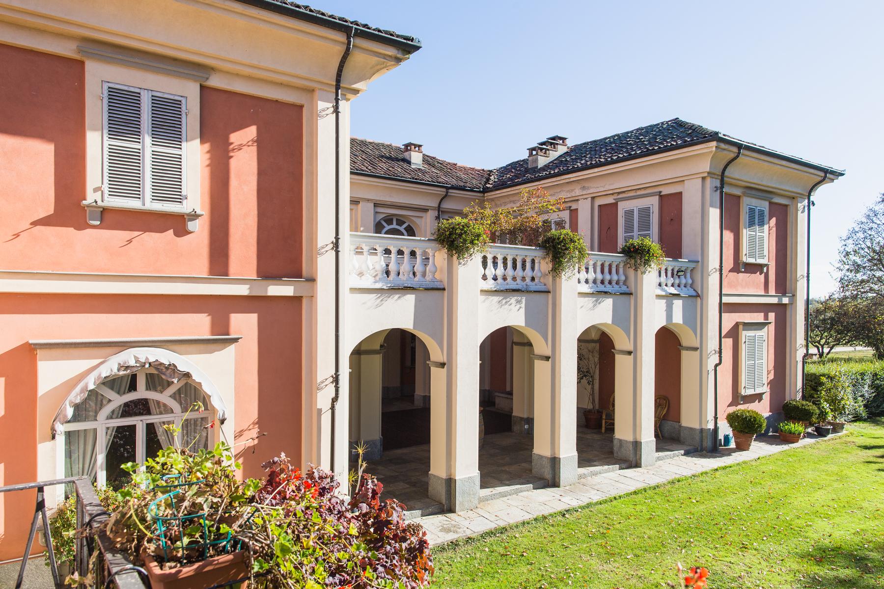 Villa in Vendita a Castello Di Annone: 5 locali, 1000 mq