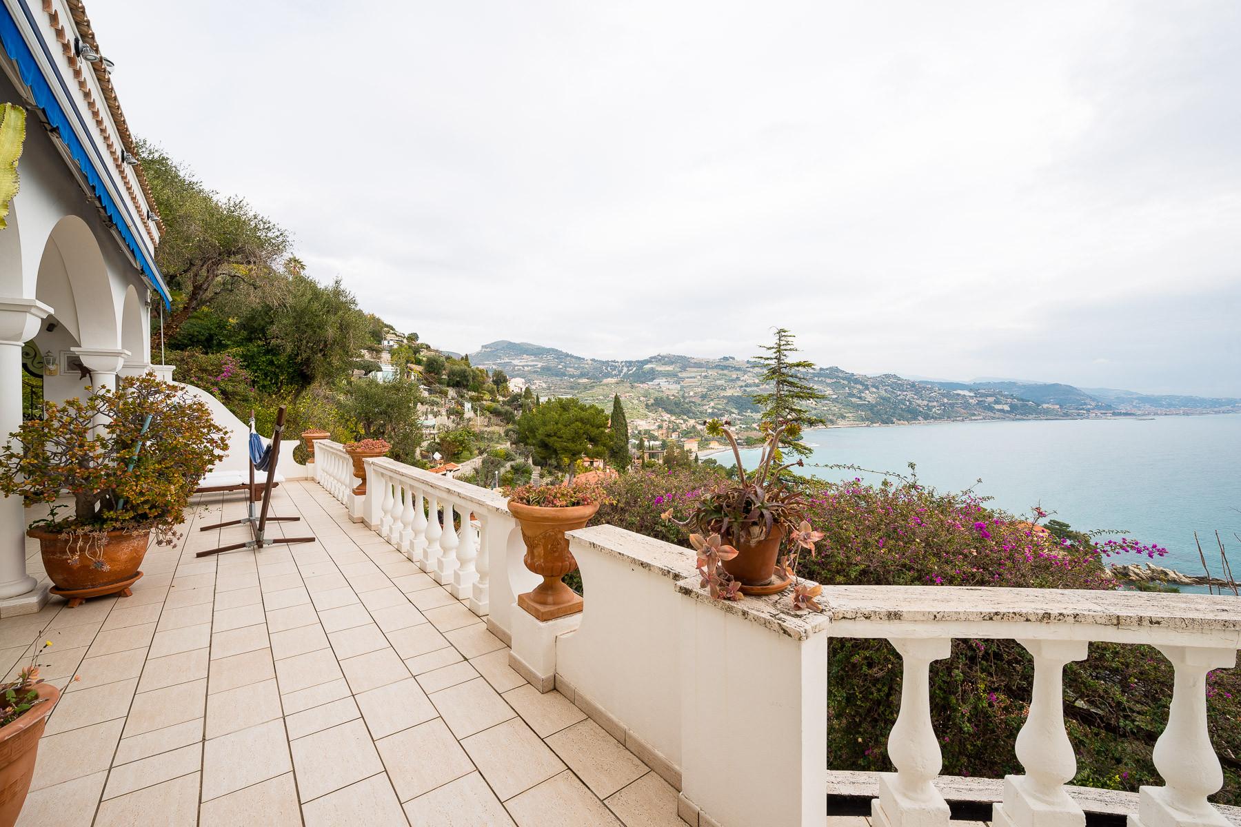 Villa in Vendita a Ventimiglia: 5 locali, 392 mq - Foto 8
