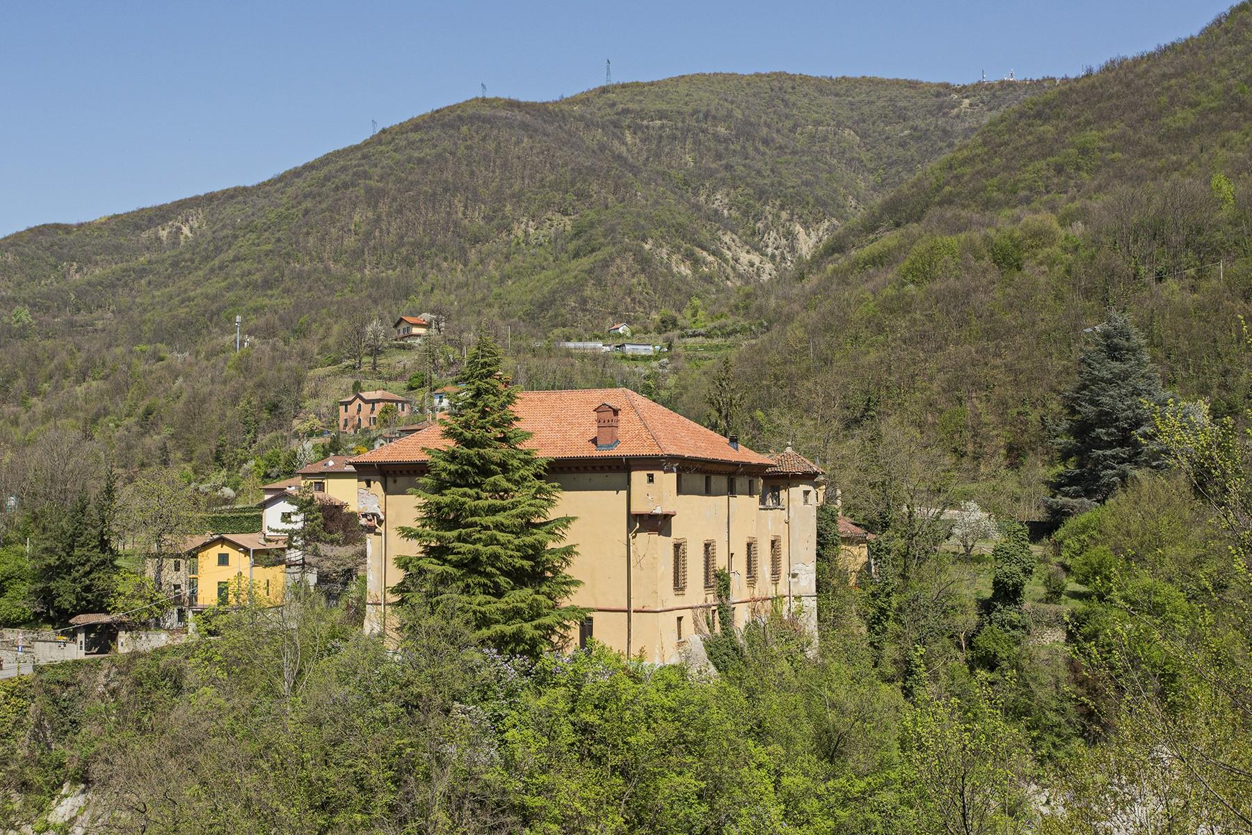 Palazzo in Vendita a Isola Del Cantone: 5 locali, 900 mq - Foto 2