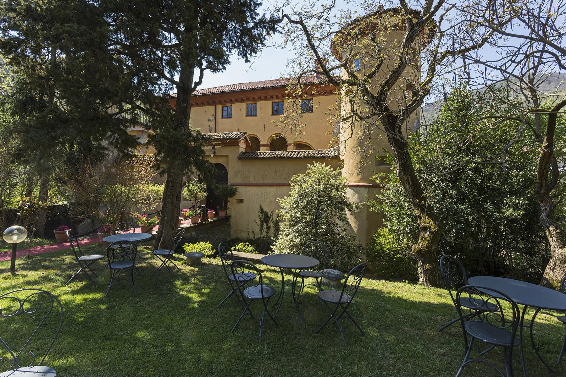 Palazzo in Vendita a Isola Del Cantone: 5 locali, 900 mq - Foto 3