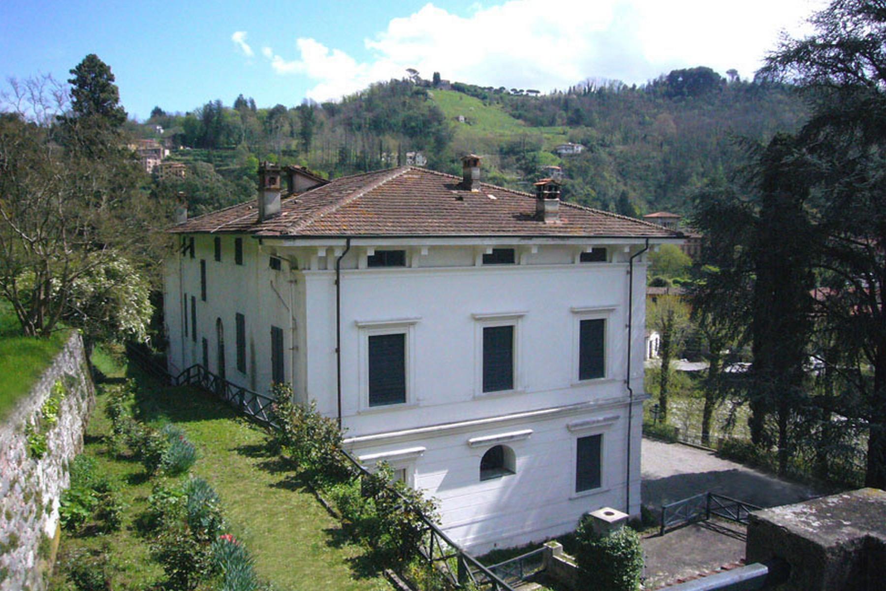 Villa in Vendita a Bagni Di Lucca via lima
