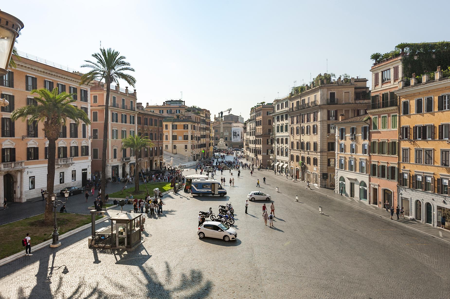 Appartamento di lusso in affitto a roma piazza di spagna for Locali in affitto roma