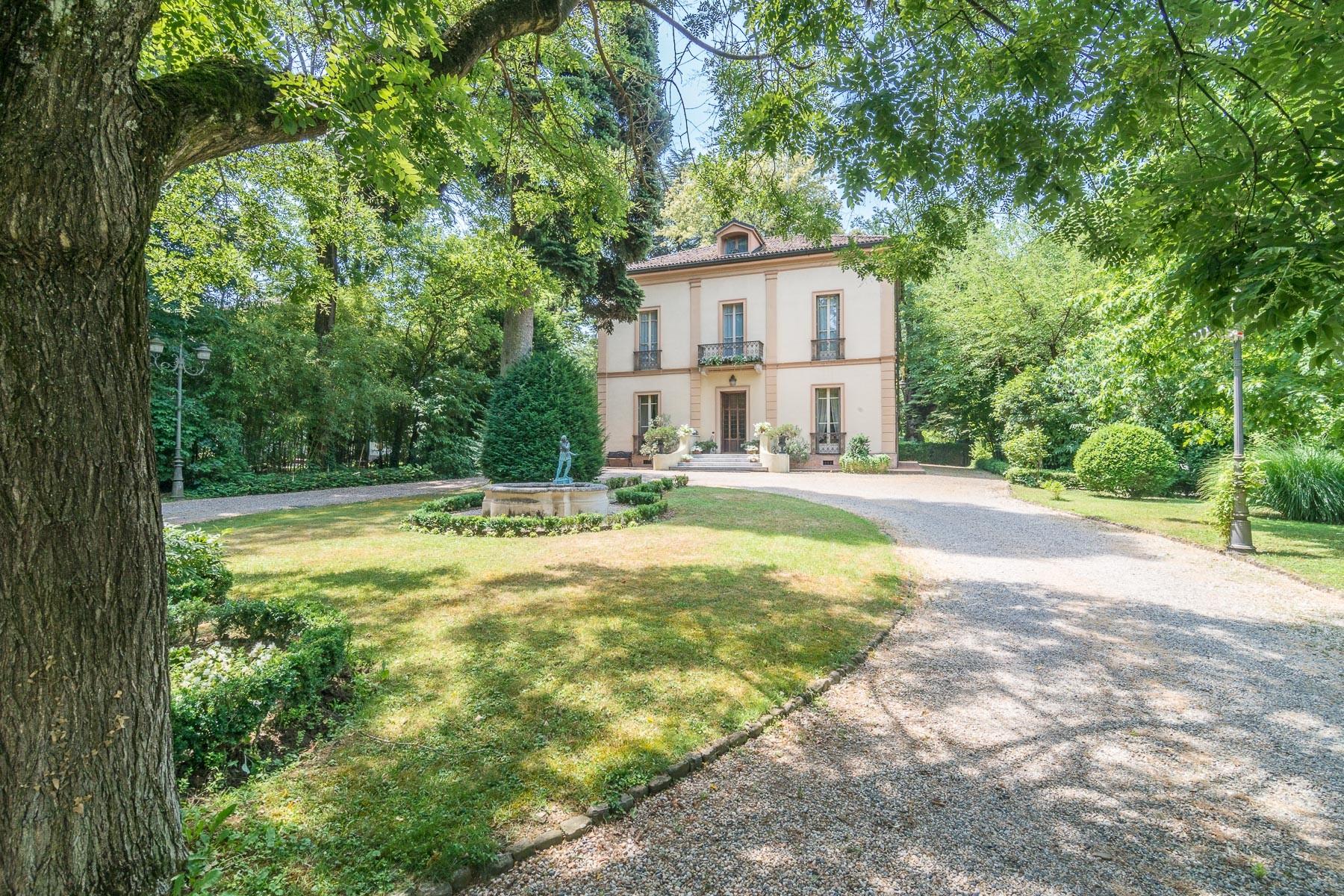 Villa in Vendita a Rivanazzano: 5 locali, 390 mq