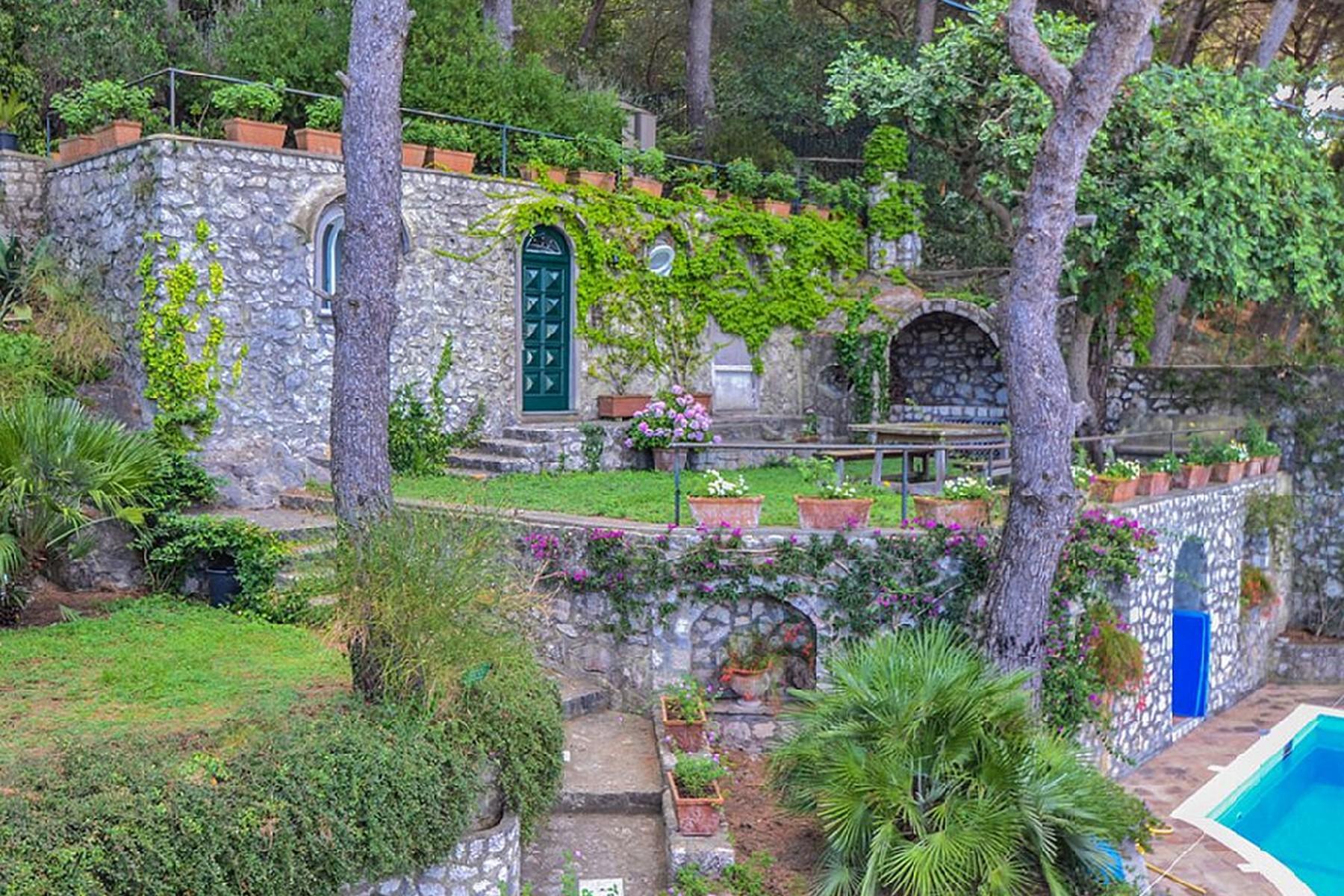 Villa in Vendita a Capri: 5 locali, 400 mq - Foto 9