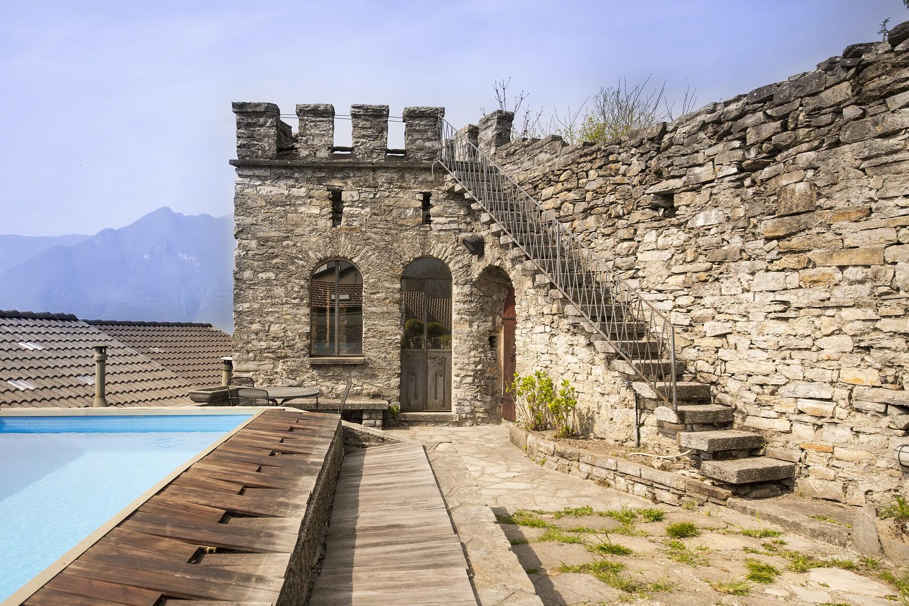 Villa in Vendita a Faggeto Lario: 5 locali, 600 mq - Foto 2
