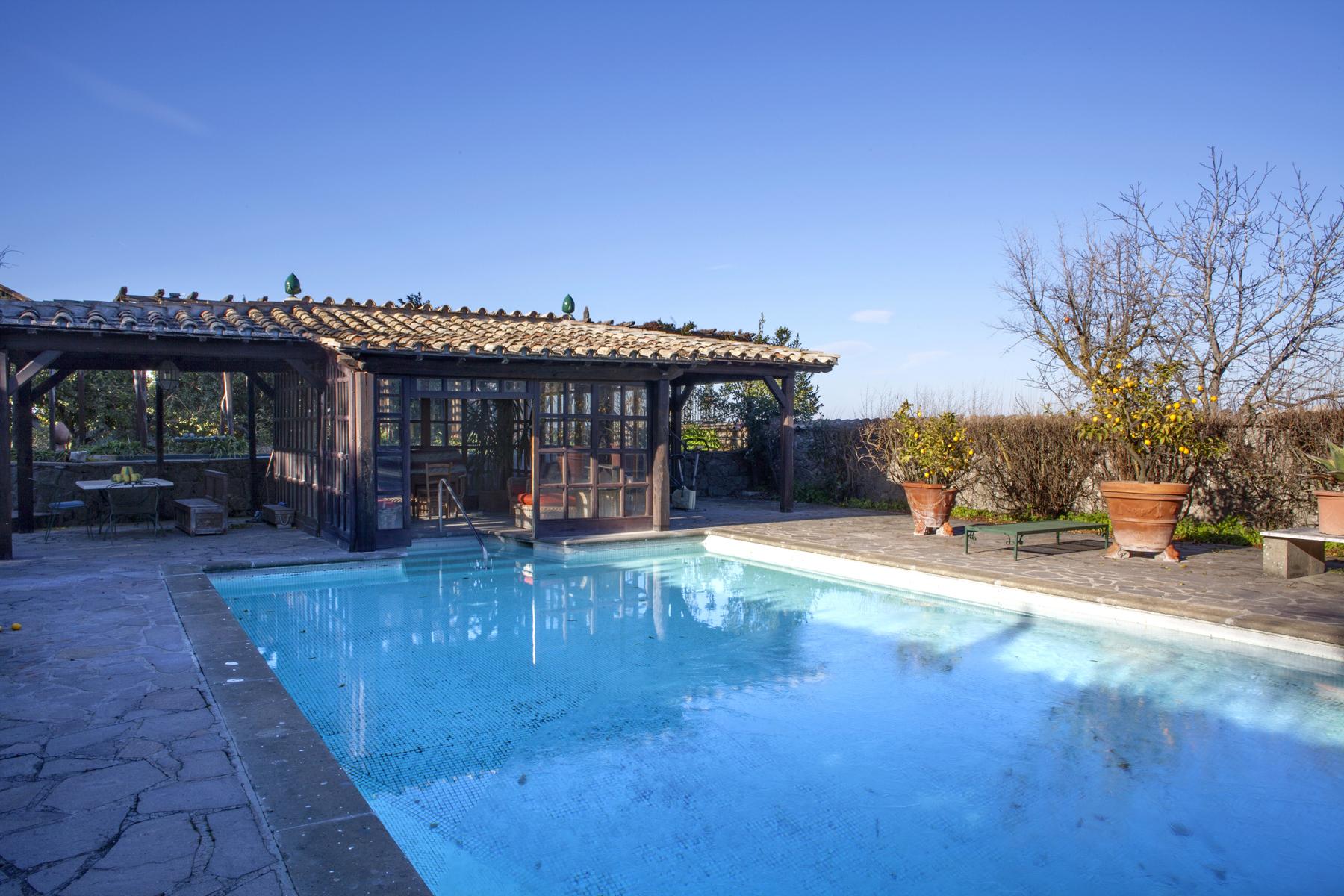 Villa in Vendita a Marino: 5 locali, 788 mq