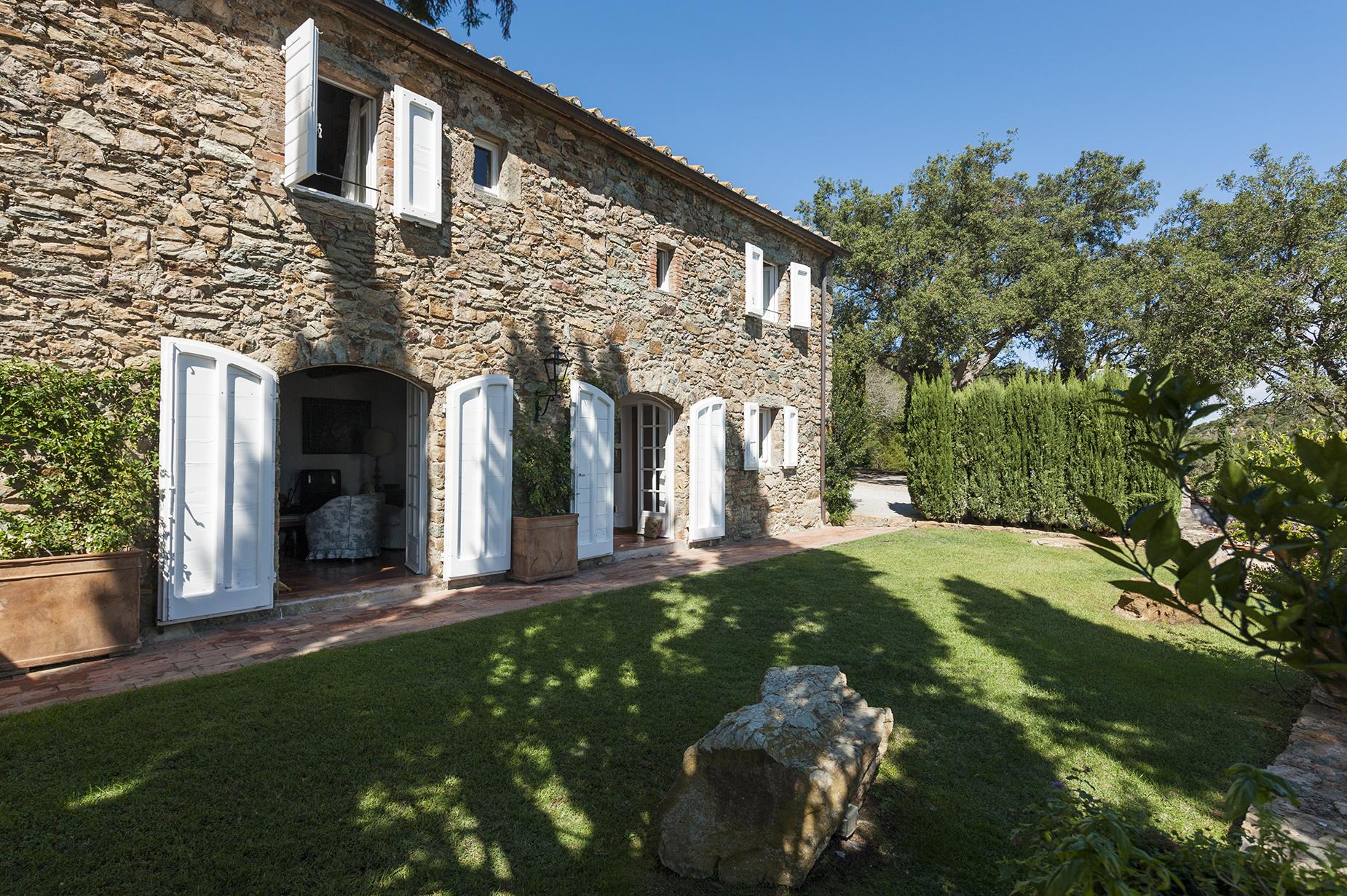 Villa in Vendita a Monte Argentario: 5 locali, 400 mq