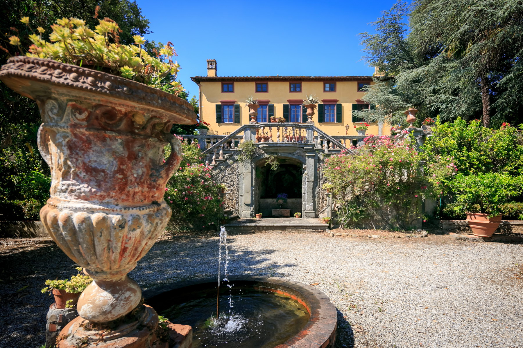 Villa in Vendita a Capannori: 5 locali, 570 mq - Foto 4