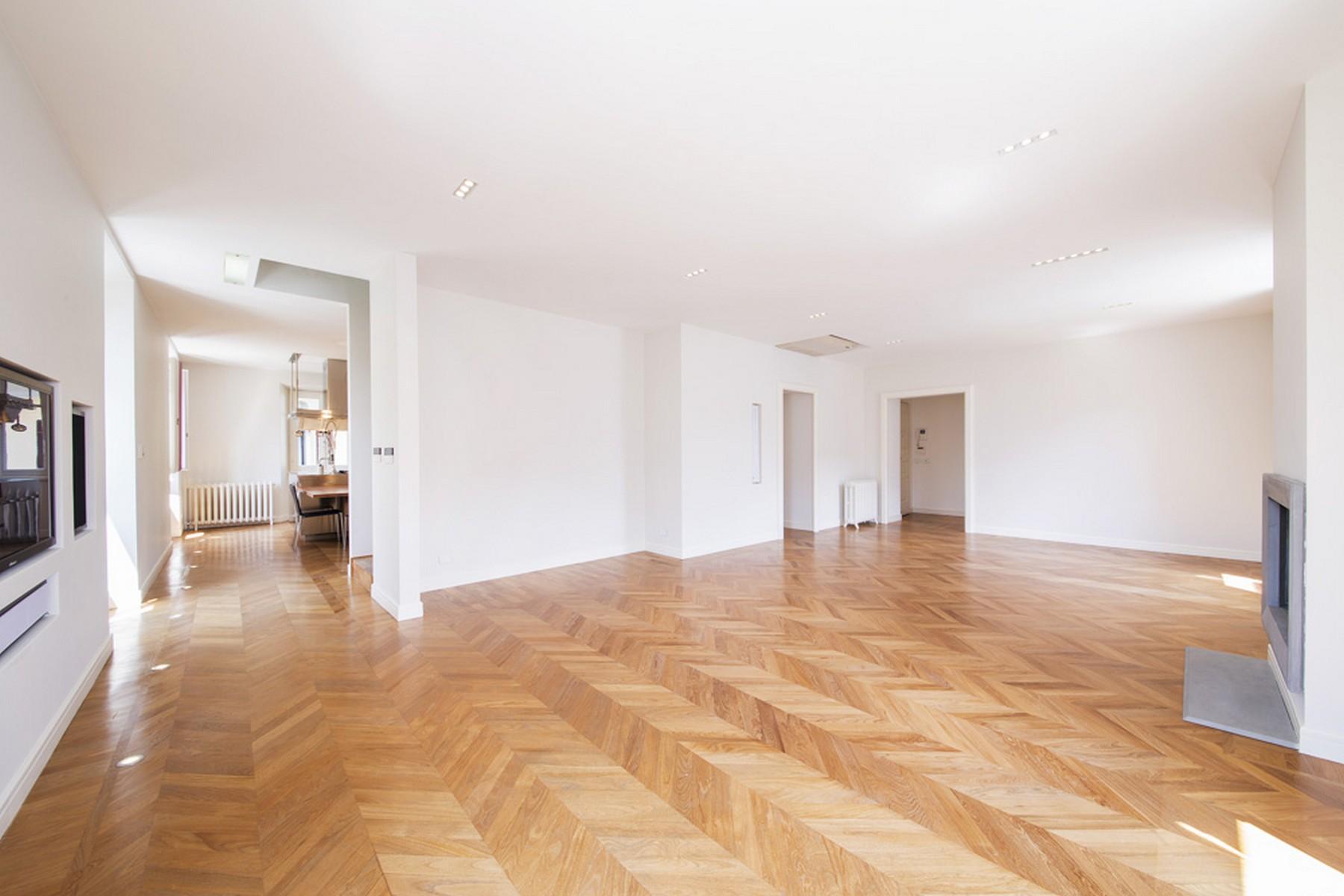 Appartamento in Vendita a Moltrasio: 5 locali, 250 mq - Foto 2