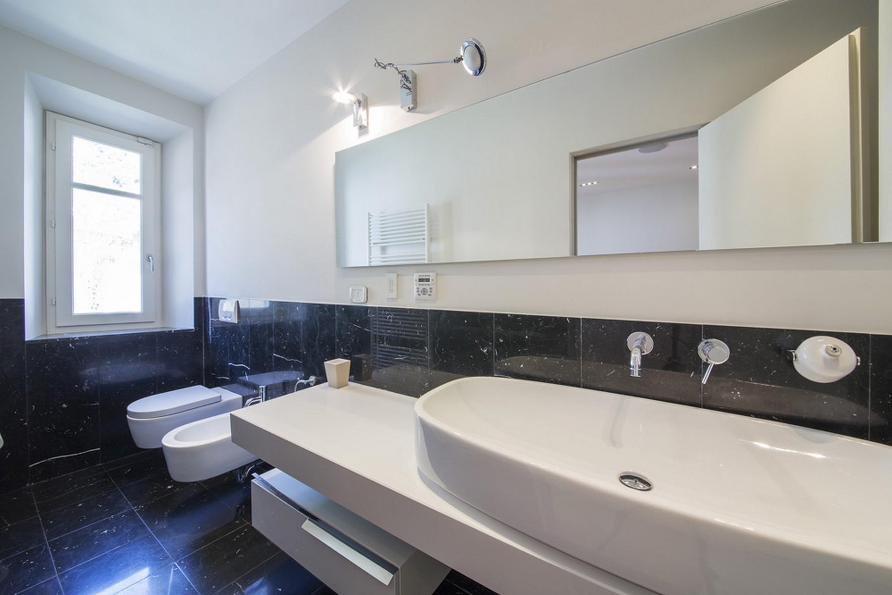 Appartamento in Vendita a Moltrasio: 5 locali, 250 mq - Foto 4