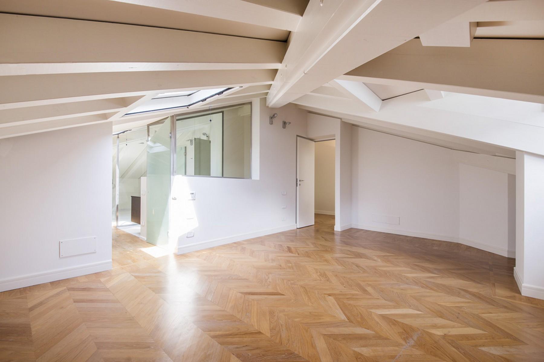 Appartamento in Vendita a Moltrasio: 5 locali, 250 mq - Foto 5