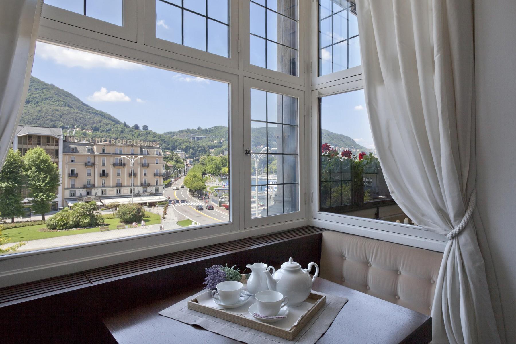 Appartamento in Vendita a Como: 5 locali, 220 mq - Foto 2