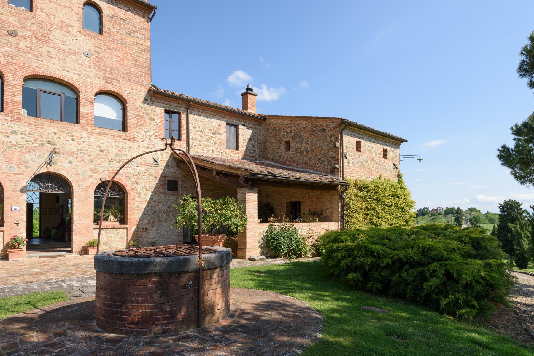 Villa in Vendita a Siena: 5 locali, 1300 mq - Foto 4