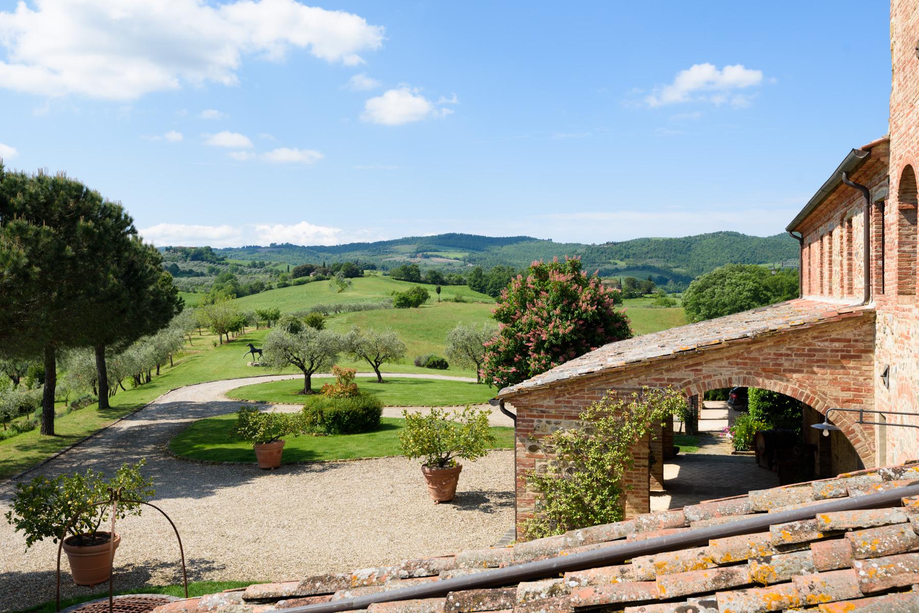 Villa in Vendita a Siena: 5 locali, 1300 mq - Foto 19